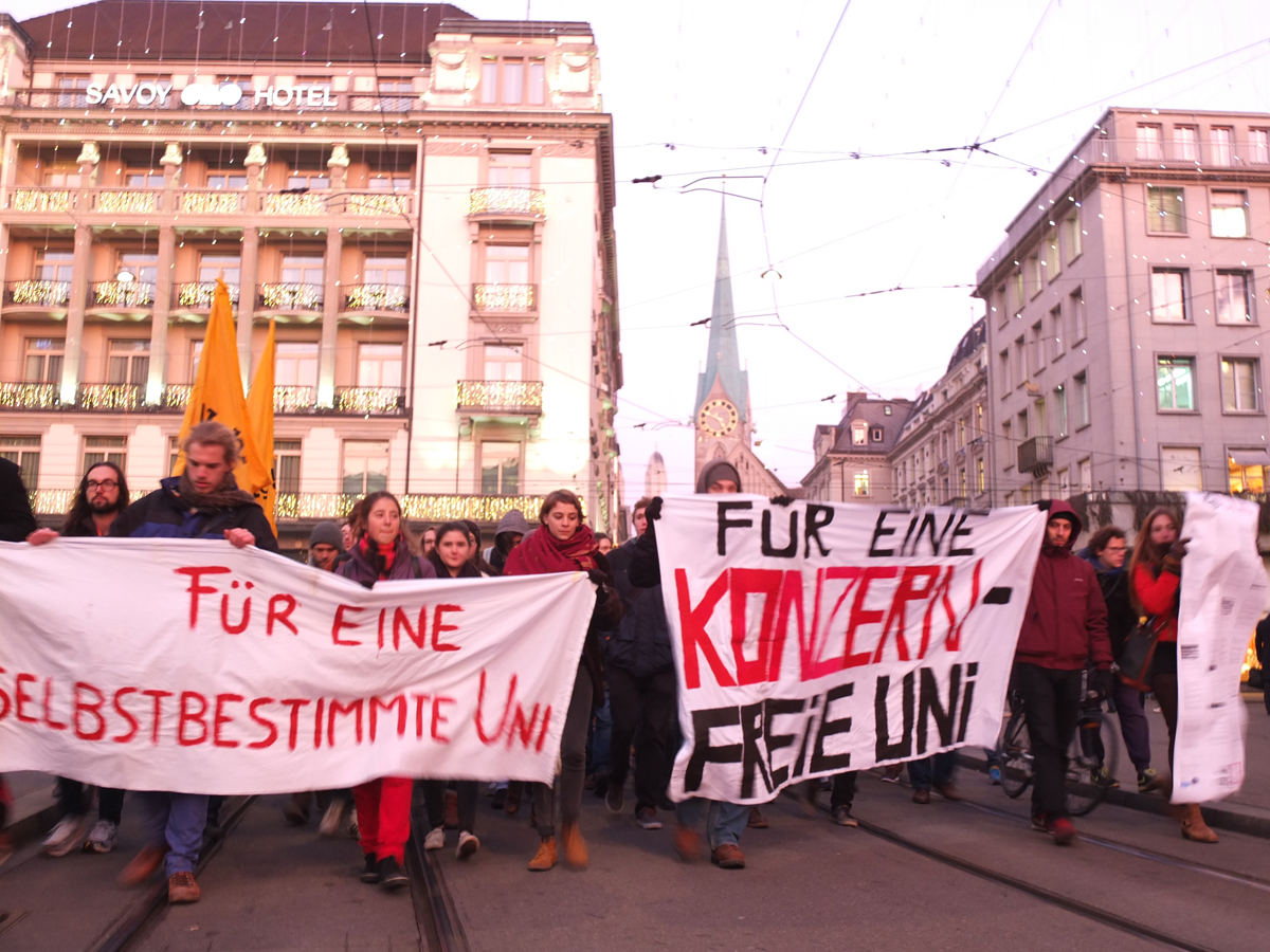 ParadeplatzAction-klein.jpg